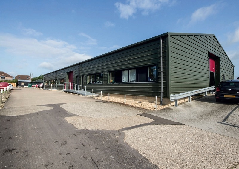 INDUSTRIAL ESTATE<BR>FREEHOLD INVESTMENT FOR SALE<BR>3,804.72 SQ M (40,954 SQ FT)